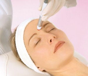 kinelase-no-needle-acupuncture-face-lifting_01