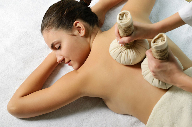 thai -hot-herbal-compress-massage-RMT
